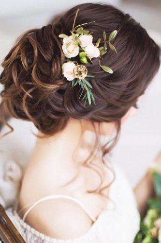 30 Greek Wedding Hairstyles For The Divine Brides