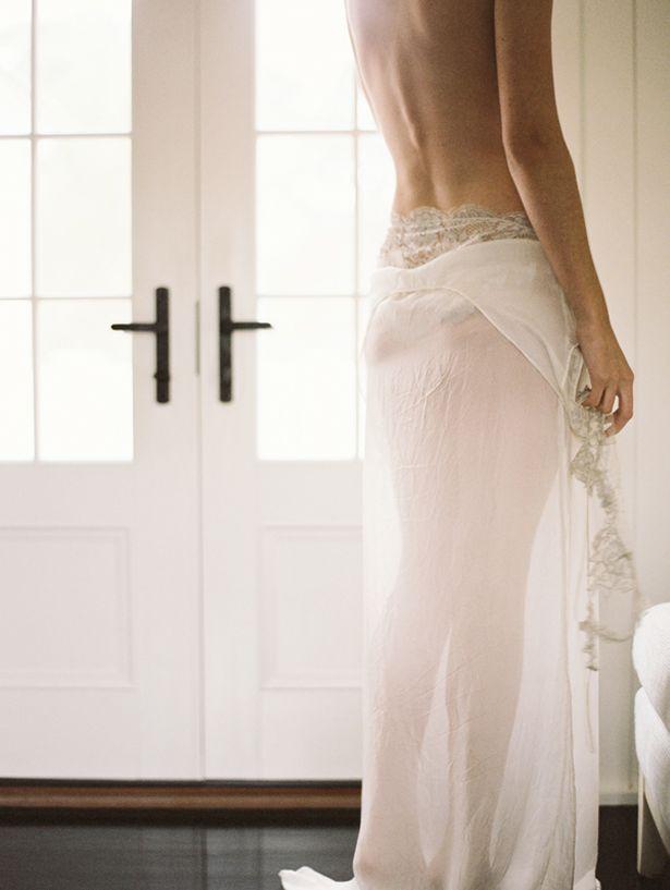 elegant-boudoir-session