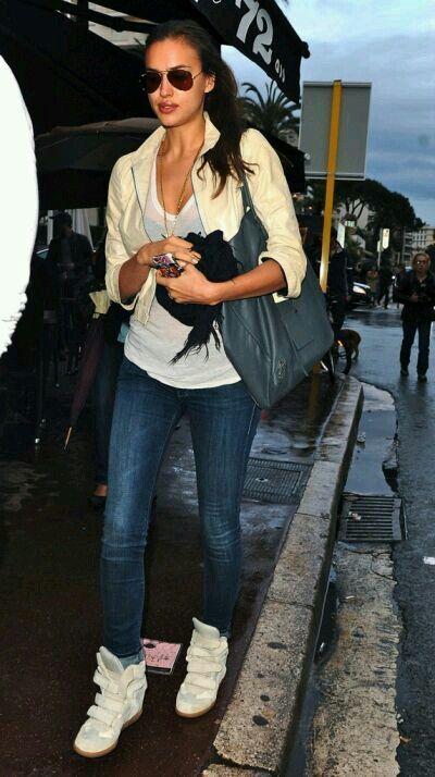 Beige Wedge sneakers# jeans