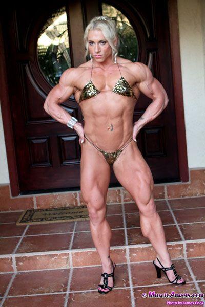 muscle milf nude