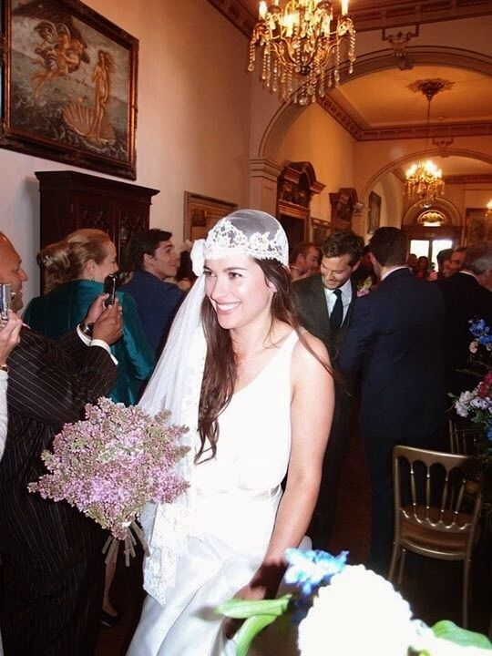 The beautiful Amelia Warner, closely followed by Jamie Dornan on their wedding day at Orchardleigh #ameliawarner #jamiedornan #wedding
