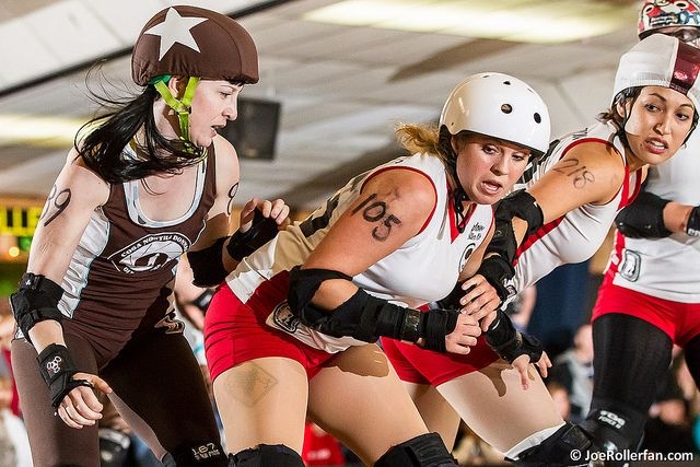 On the value of derby photos. Derby in Focus, a guide to roller derby photography by Joe Rollerfan