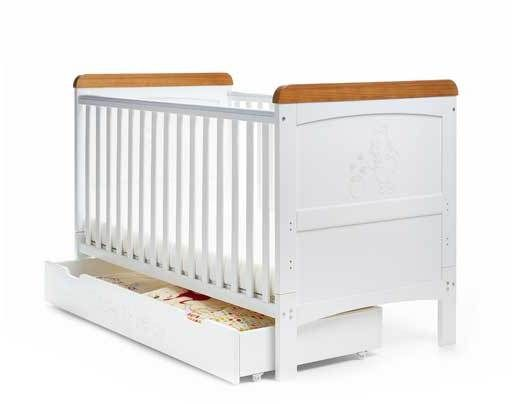 Winnie The Pooh Deluxe Cot Bed And Under Drawer