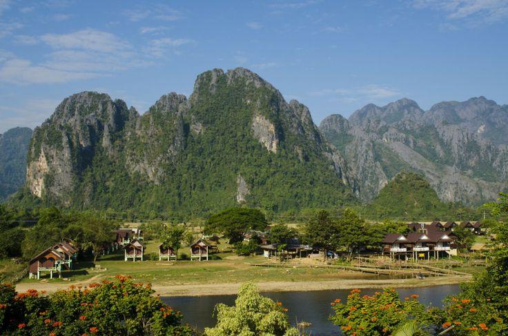 3700841598_top-view-of-vangvieng-laos.jpg (1600×1060)