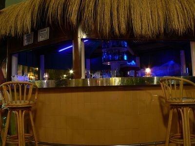 Bar Counter Designs For Restaurants