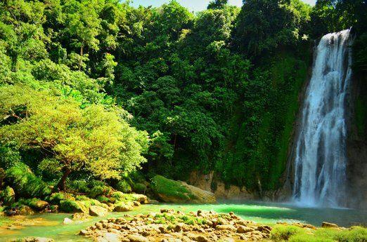 Curug Cikaso: One of the most famous waterfalls in Sukabumi, Curug Cikaso. (Photo by Ayu Wulandari)