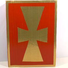 Ik laat je in het filmpje zien hoe je het boek van Sinterklaas kan knutselen met karton en duct tape.
