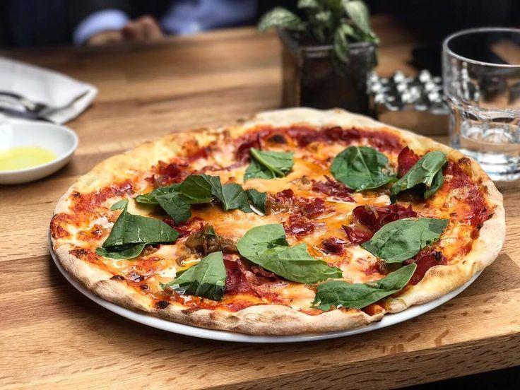 HUB Kanyon açıldı . Pizzalar menümüze girdi çok iyiler . Bekliyoruz şimdiden afiyet olsun.  #pizza #fiordilatte #danakaburga #roka #seriouspizza #yummy #kanyon #hubkanyon
