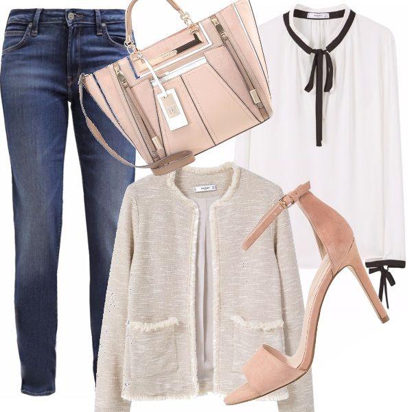 Giornata pesante? Allora ci vuole un bell'aperitivo con le amiche! Il look deve essere facile ma chic: giacca modelo Chanel, camicia bianca con fiocchi in contrasto e denim sabbiati. Completano il look la borsa con dettagli di zip e le scarpe con cinturino.