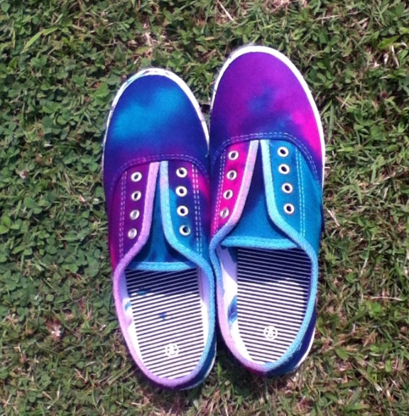 tie dye shoes - 28 images