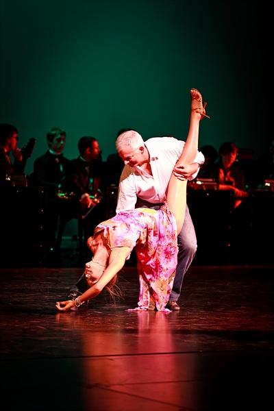 Brad & Andrea Bradshaw dancing a Rumba