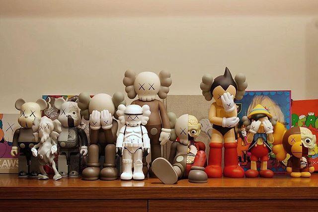 11 Plus Years Of Historic Kaws Figures Villainyang Kaws Medicom Toy Robertlazzarini Bape Us Bape Japan K Vinyl Art Toys Kaws Toys Art Toy