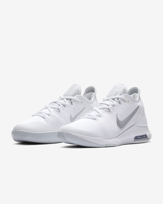 Nikecourt Air Max Wildcard Women S Tennis Shoe Nike Com Slip On Tennis Shoes Womens Tennis Shoes Shoes With Leggings