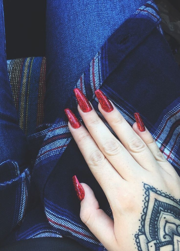 Red coffin glitter nails