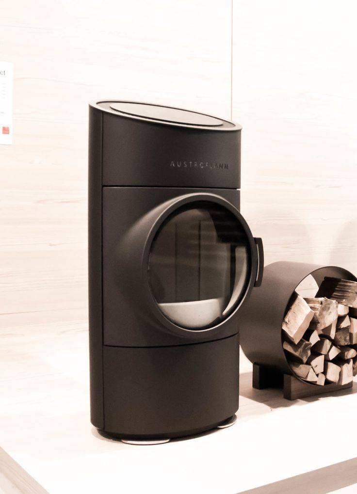 CLOU Compact Austroflamm. Design Cesare Monti Studio