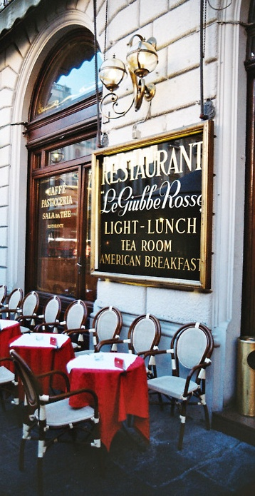 Le Giubbe Rosse (Girabalidi's Red Shirts)   Caffè Letterario   Firenze, Toscana