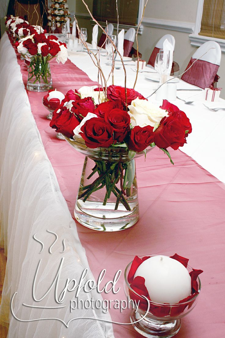 Elegant Red and White themed wedding table decor.  Image by Upfold Photography.  ~ Red and White table decor ~ Wedding table setting ~