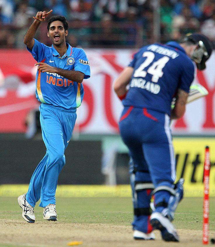 Bhuvneshwar Kumar took crucial wickets to peg England back, India v England, 2nd ODI, Kochi, January 13 #sports #cricket