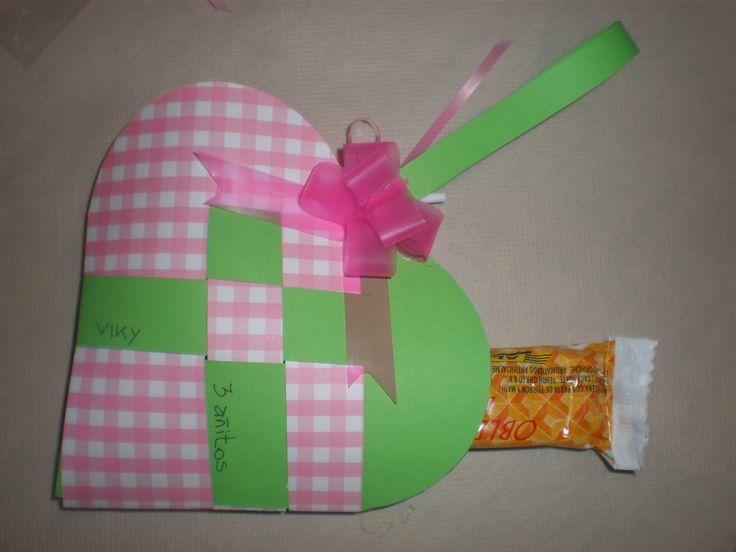 Bolsita de golosinas  by Dulcinea de la fuente www.facebook.com/dulcinea.delafuente  #fiesta #festejo #cumpleaños #mesadulce#fuentedechocolate #agasajo# #candybar  #tamatización #personalizado #souvenir  #regalos personalizados #catering finger food