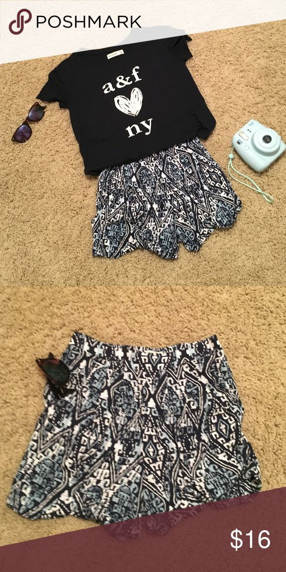 Abercrombie kids shorts Abercrombie kid shorts. With pockets on the side. Worn once or twice.. in great condition 😊 abercrombie kids Bottoms