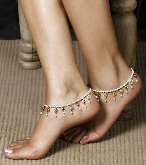 Rhinestone And Faux Pearl Indian Anklet
