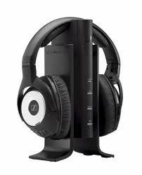 Ventajas de los auriculares Sennheiser RS170  Excelente calidad de sonido.  Son muy cómodos así que se pueden llevar durante bastante tiempo sin que causen molestias  Disponen de una gran autonomía.  Posibilidad de conectar varios conectores al mismo tiempo  No hay interferencias  Excelente aislamiento