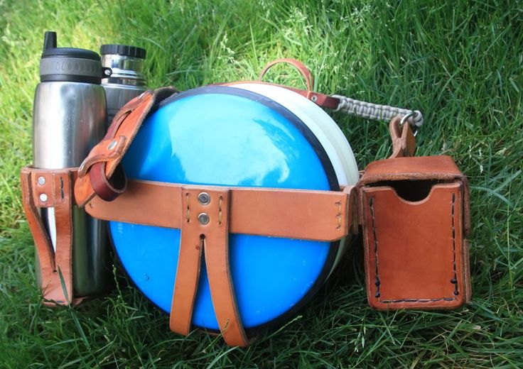 [Selling] 2 Custom Leather disc golf bags F/S 1 big 1 small - Disc Golf Course Review