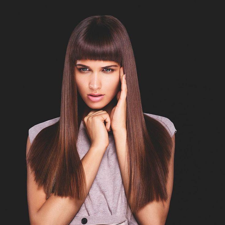 Окрашивание волос: переходим в темно-каштановый цвет — laLook Если вы не хотите быть брюнеткой или блондинкой, и стремитесь оживить тусклые волосы c помощью окрашивания, то темно-каштановый цвет — именно то, что вам нужно. #окрашивание #волосы #темно-каштановый #красота