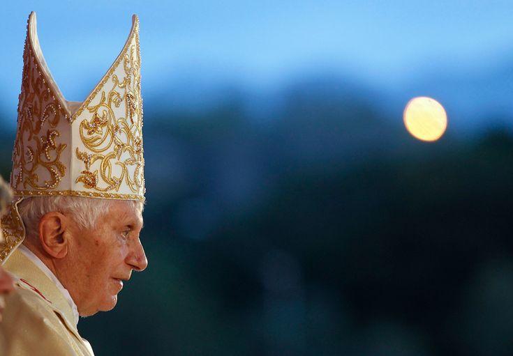 Pope Benedict XVI visits Cuba - Pope Benedict XVI at a mass at Antonio Maceo square in Santiago de Cuba, March 26, 2012. (Tony Gentile/Reuters)