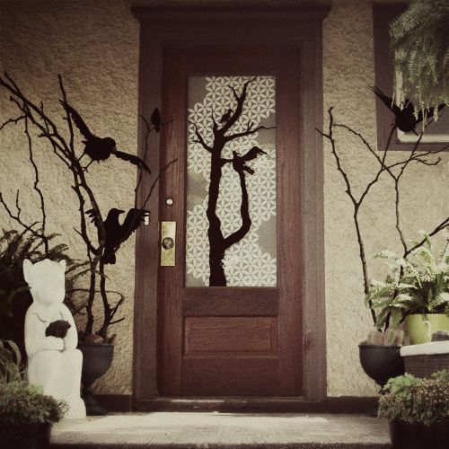 "Great Halloween inspired project idea to decorate your front porch for trick-or-treaters! Designed by Making it Lovely for a Better Homes & Gardens contest. Get the how-to here! It looks like a scene out of Alfred Hitchcock's ""The Birds"""