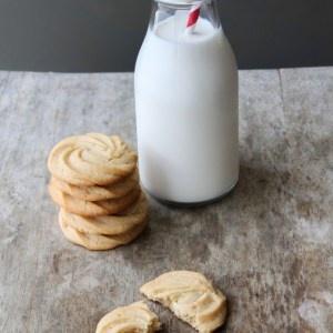The Little Epicurean | Vanilla Malted Cookies