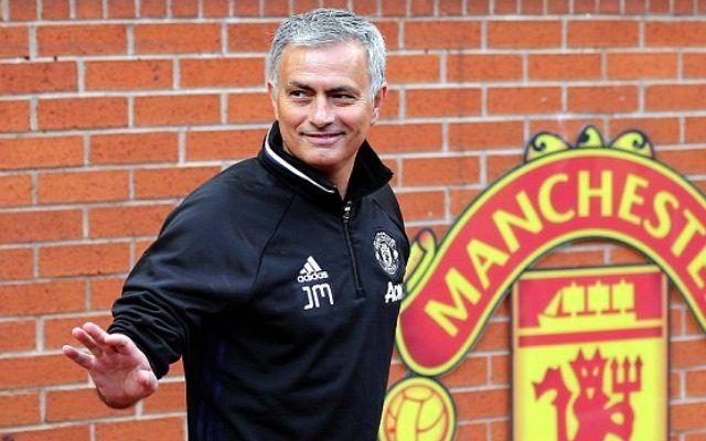 Mourinho Kembali Diminta Belanja Pemain Seperti Musim Lalu