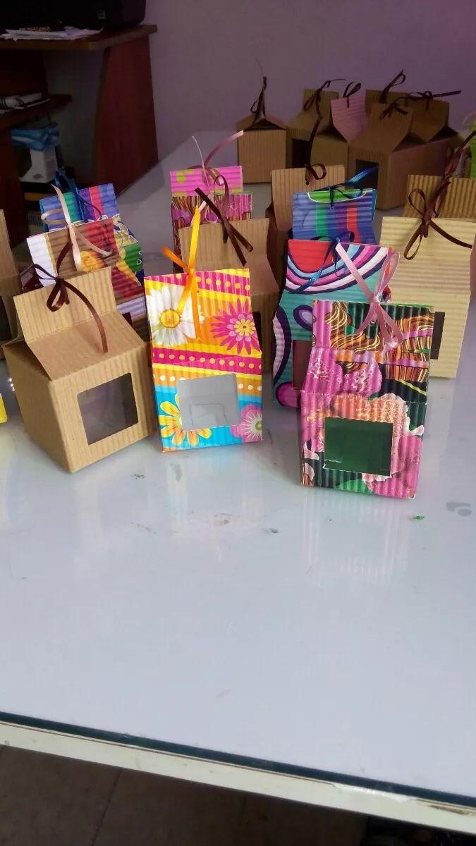 Cajas Para Regalos En Cartón Corrugado - Bs. 150,00 en MercadoLibre