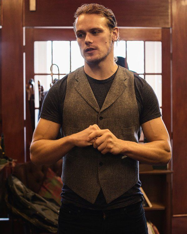 http://outlander-online.com/2016/04/05/new-picture-of-sam-heughan-from-stewart-christie-co/