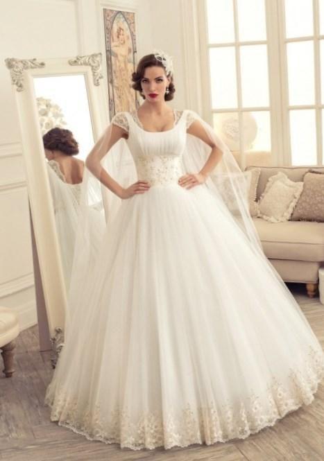 Свадебное платье полные руки - http://1svadebnoeplate.ru/svadebnoe-plate-polnye-ruki-2496/ #свадьба #платье #свадебноеплатье #торжество #невеста