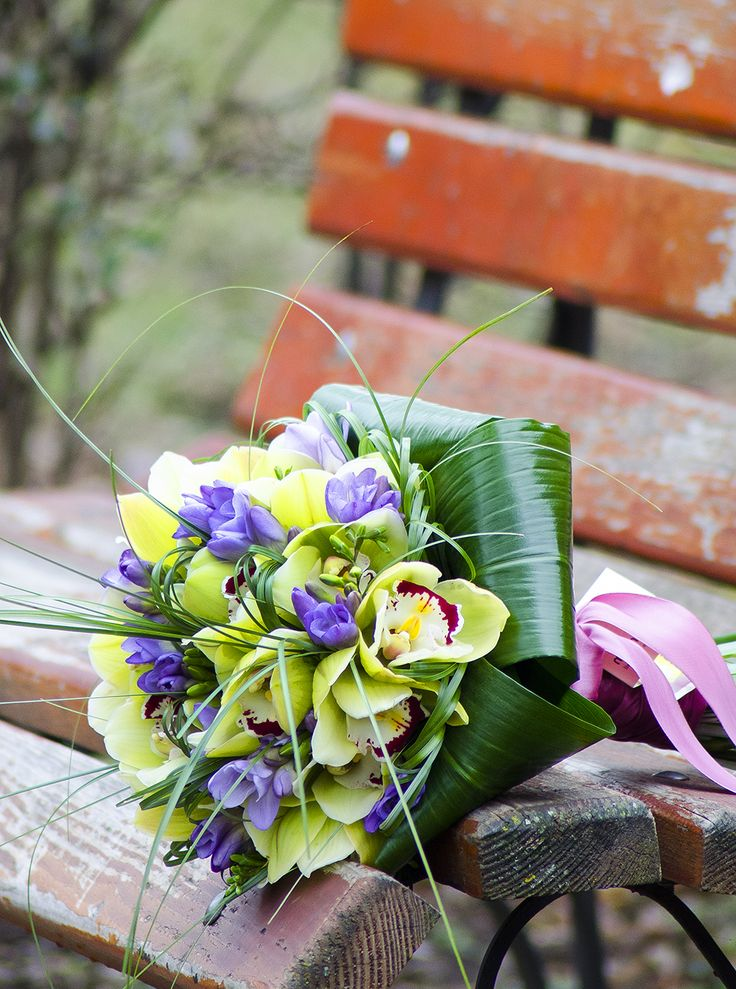 Beautiful orchid and freesia bouquet!  Buchet cu orhidee Cymbidium galbene si frezii mov