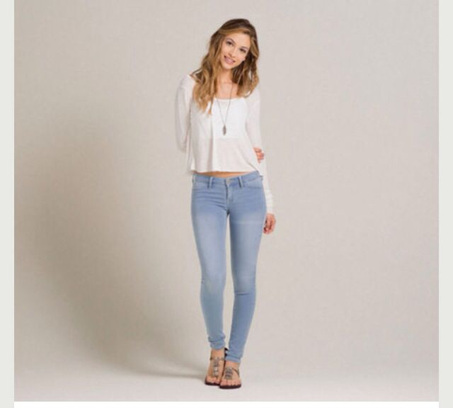 best 25 hollister jeans outfits ideas on pinterest