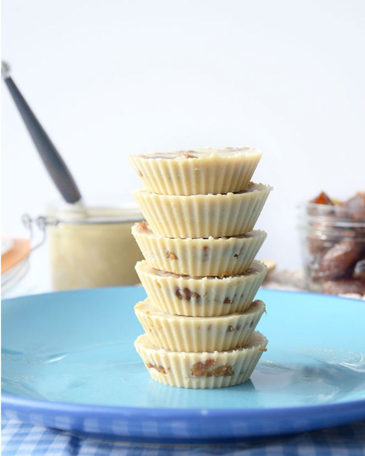 26. Salted Caramel Tahini Cups #healthy #clean #recipes http://greatist.com/eat/clean-eating-recipes-that-taste-amazing