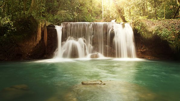 Dunns River Falls, Jamaica- Beautiful to visit at least once!: Ys Fall, Families Travel, Favourit Places, Wanderlust Travel, Lists Destinations, Fall Jamaicamihappi, Dips, Dunn Rivers Fall, Dreams Destinations