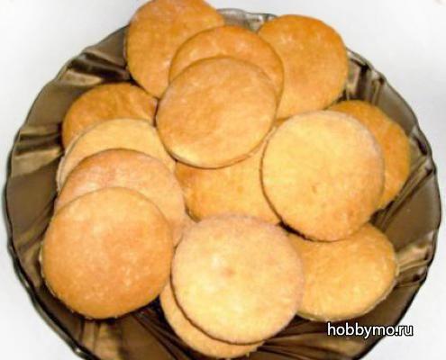 Печенье песочное и печенье молочное