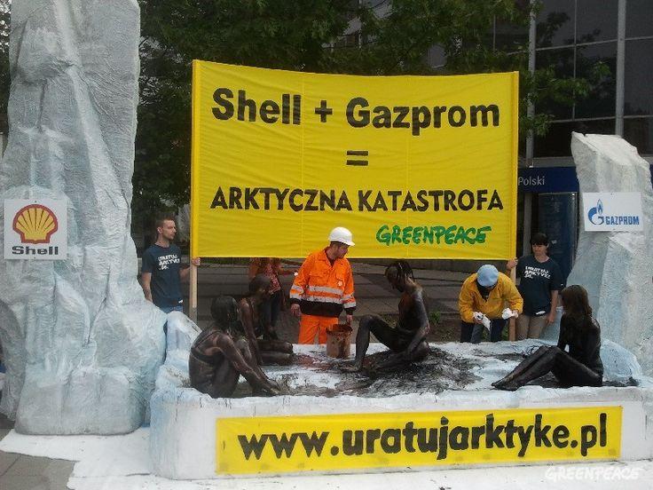 Shell + Gazprom = arktyczna katastrofa. Akcja pod warszawską Rotundą.