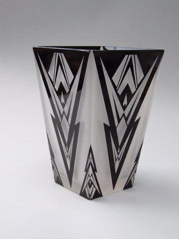 Glass vase | More on the myLusciousLife blog: www.mylusciouslife.com