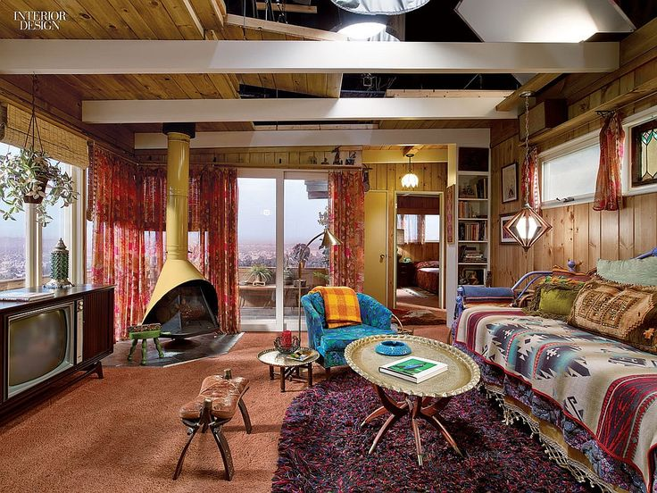 Mad men living room 70s mid century modern the for Modern 70s living room
