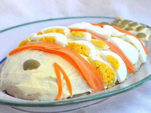 Il pesce finto Bimby è il re dei buffet, tra gli antipasti freddi. Buono e scenografico, fa capolino sulle tavole di buffet e nelle feste