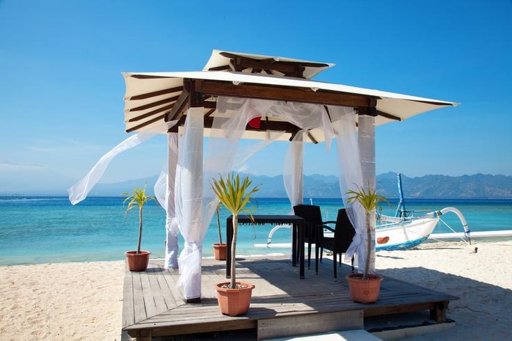 Romantischer Pavilion auf den Gili Inseln in Indonesien