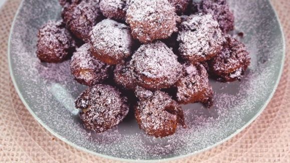 Fruit Cake Fritters