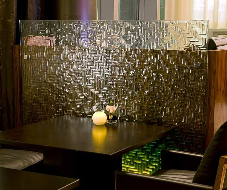 CHIL Designers Comment How Perfect Our Freeform MAZE Pattern Complimented Other Materials In This Fine Dining