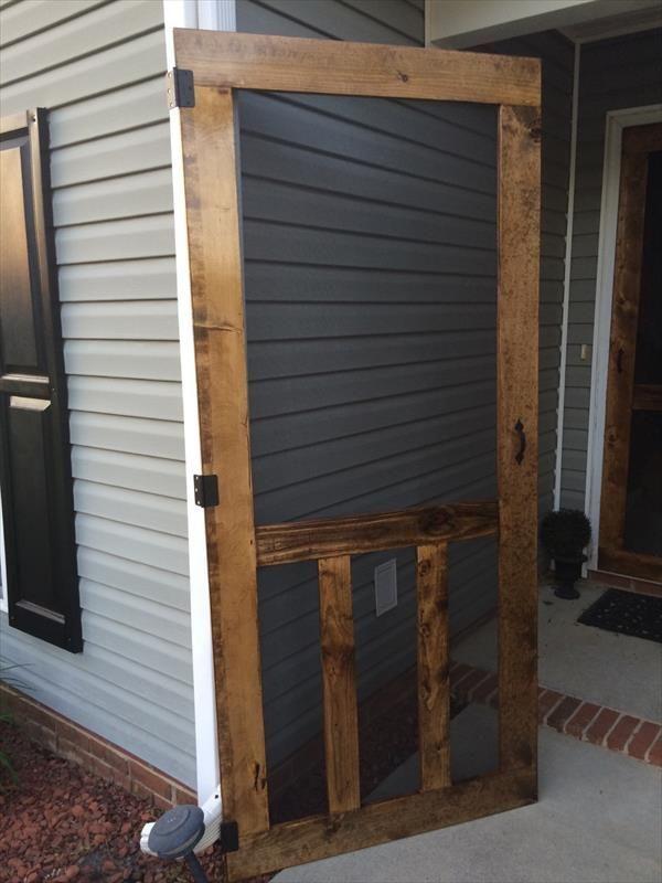 DIY Pallet Screen Door | Pallet Furniture DIY