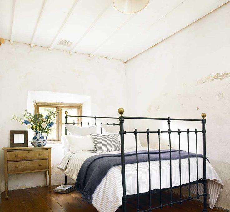 Best Irish Style Images On Pinterest Irish Decor English - Irish bedroom designs