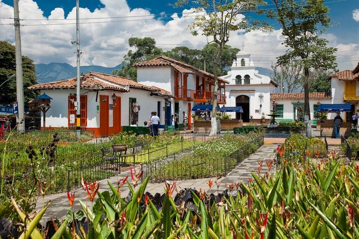 Pueblito Paisa, una réplica de un típico pueblo antioqueño (Medellín).